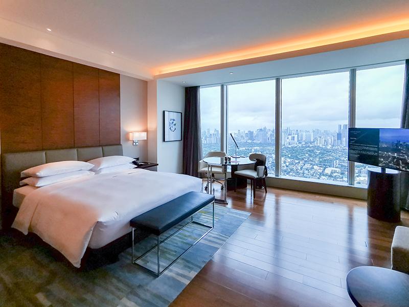 Grand Hyatt Manila Club Deluxe King Room