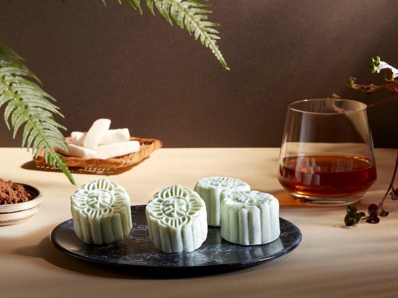 raffles hotel singapore mooncake 2021 new flavor
