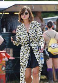 jenna-coleman-at-the-glastonbury-festival-in-england-june-2015_1_thumbnail