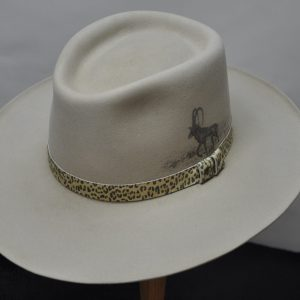 Silverbelly sporting sable with animal print hatband and sable illustration
