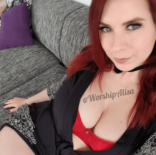 iWantClips___iWantClips____Twitter.png