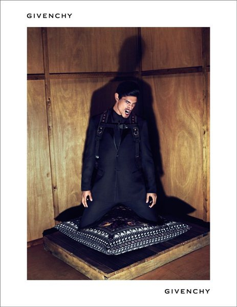 Givenchy Fall Winter 2011 - 2012 Ad Campaign (5)