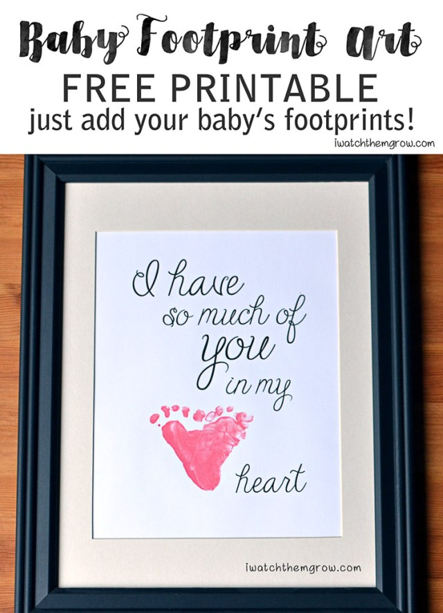 This is so sweet! I'm so doing this for my baby's first Christmas! - Baby footprint art free printable from iwatchthemgrow.com