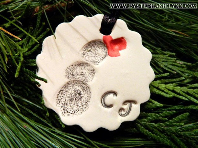 1/5 Handmade family memory Christmas tree decorations - fingerprint clay ornament