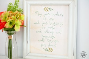 This free printable Irish blessing art is so lovely!