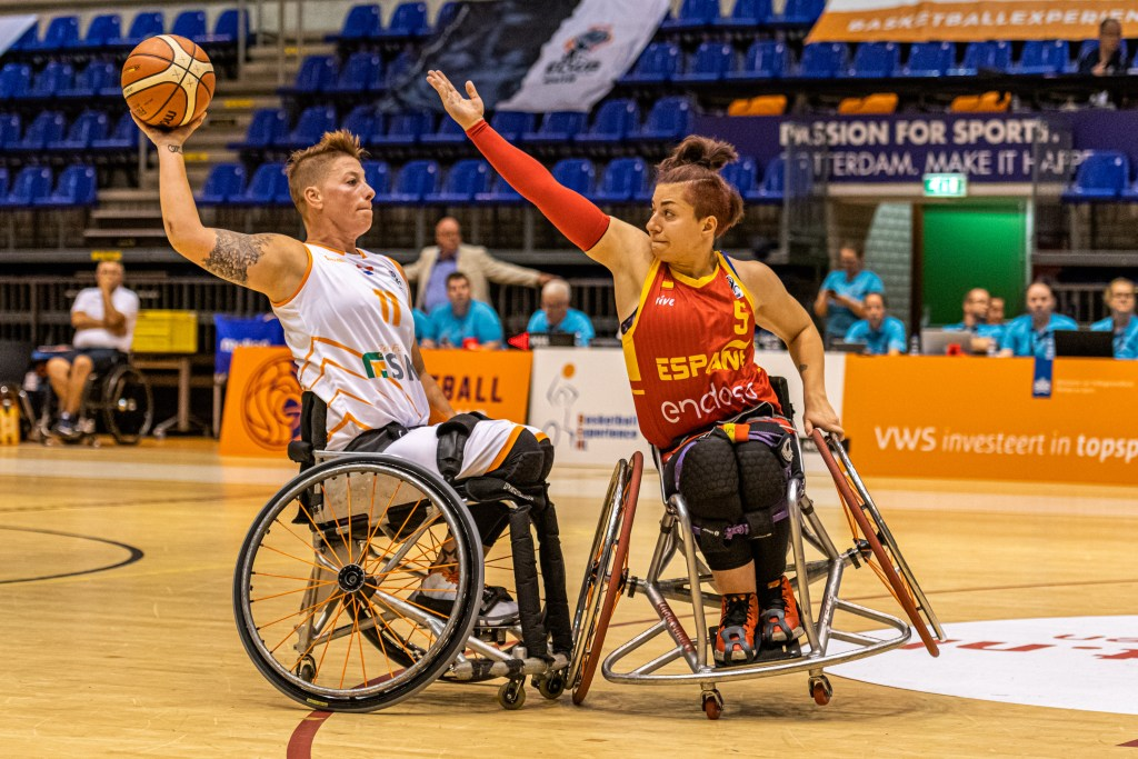 Netherlands take on Spain at the 2019 Women's European Championship Photo credit - Eike Michler