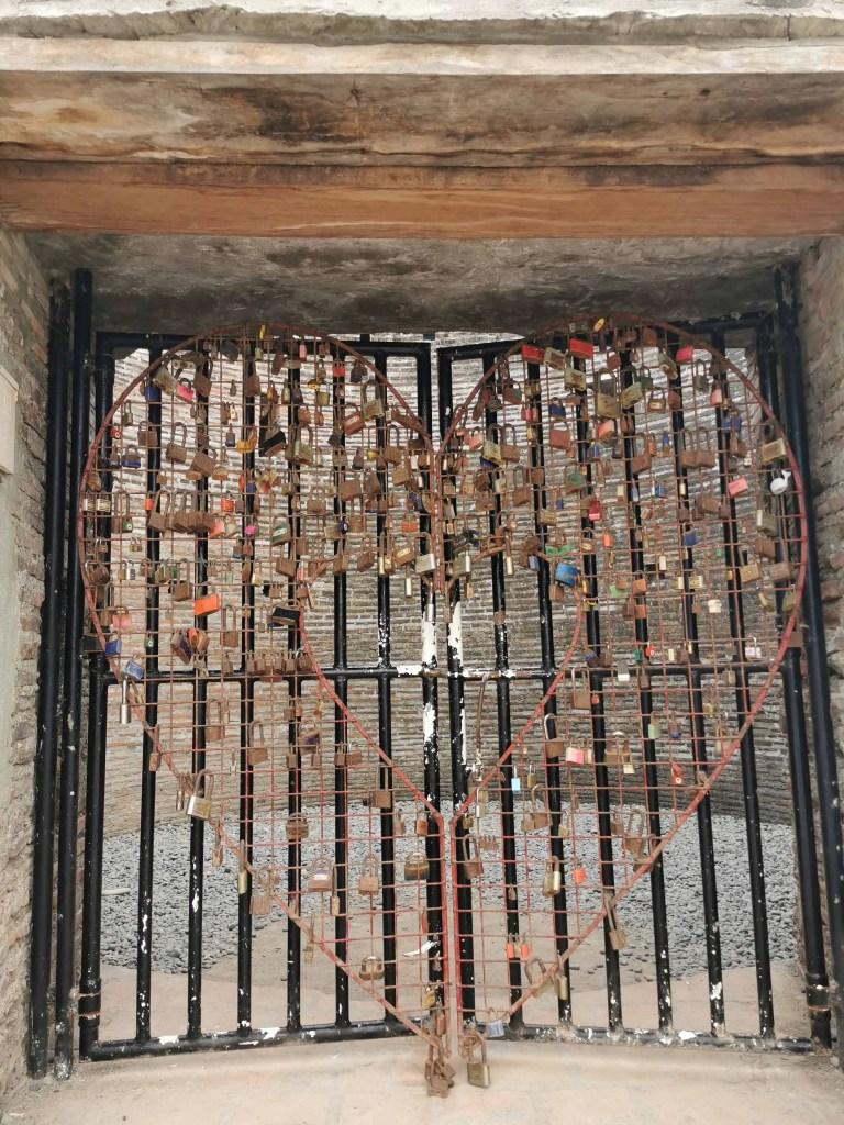 The gate of Baluarte watchtower