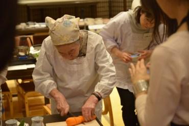 40 large - 2016年4月25日、佐藤初女先生を偲ぶ会開催しました。