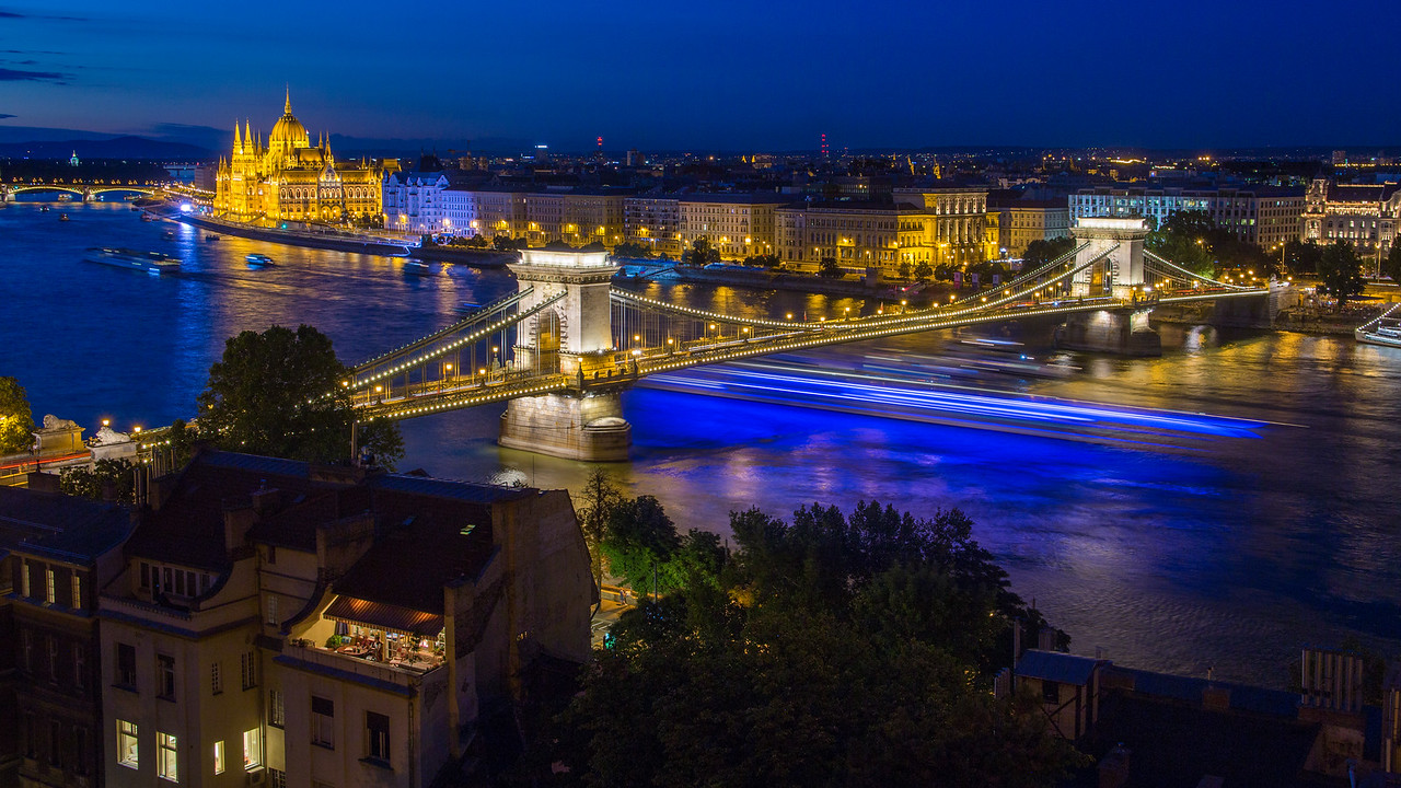 Chain Bridge in Budapest with long shiptrail in the Blue Hour