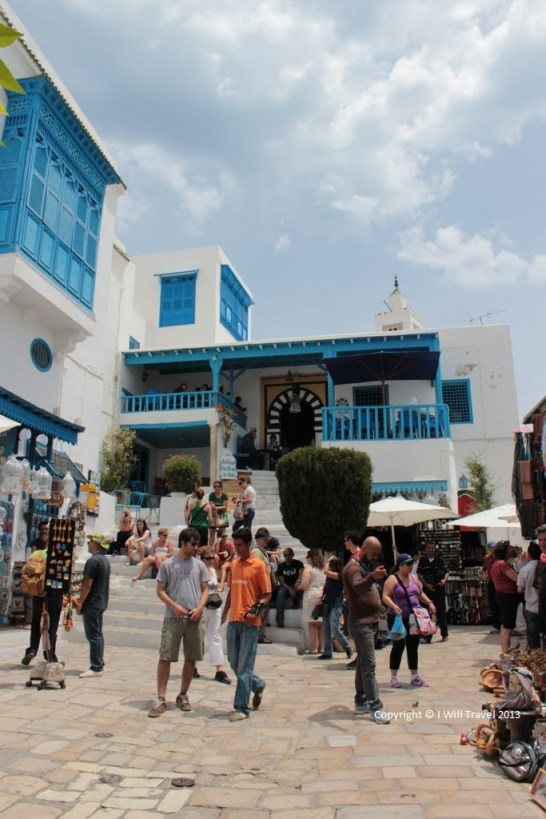 Travel Expectations - Shopping in Sidi Bou Said