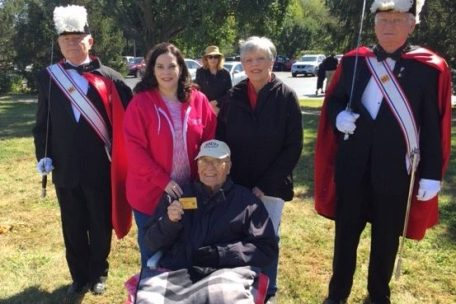 IW Knight Bill Lombrano (his wife Mabel, daughter Gigi along with Sir Knight Tom Wardenburg and Sir Knight Paul Watters - KofC Honor Guards)