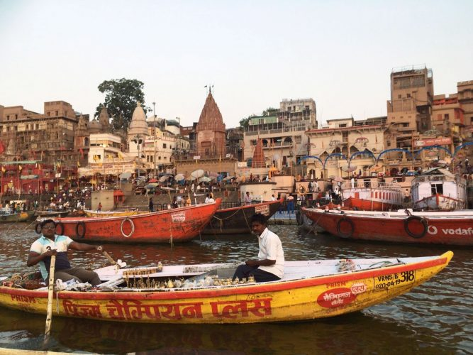Boat-Cruise-in-Varanasi