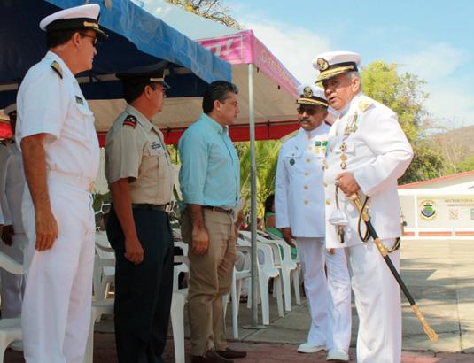 cambio-de-mando-en-Sector-naval-zihuatanejo