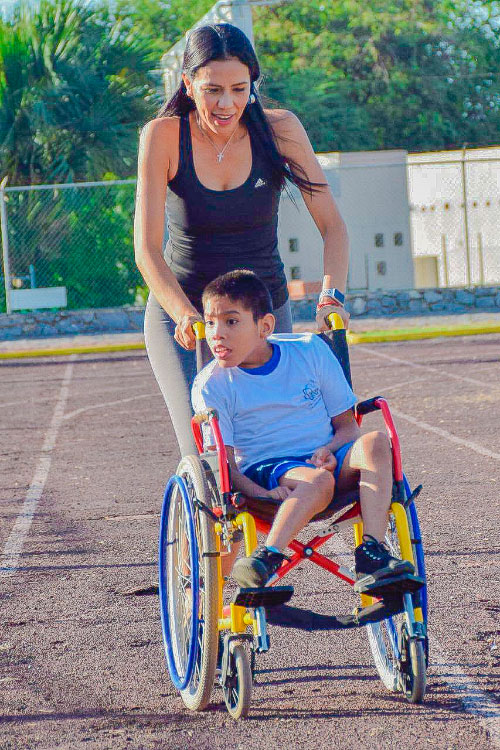 DIF-rally-discapacidad-zihuatanejo_.jpg