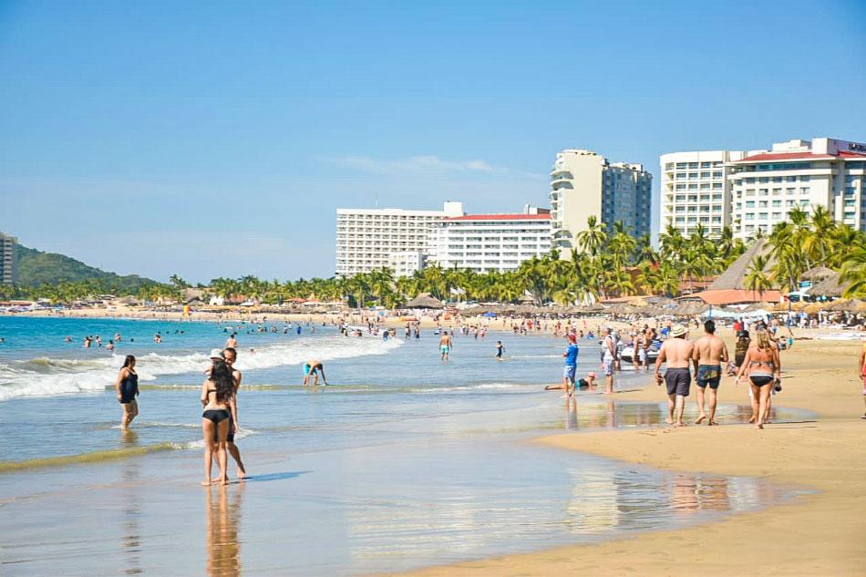 playa-ixtapa-.jpg