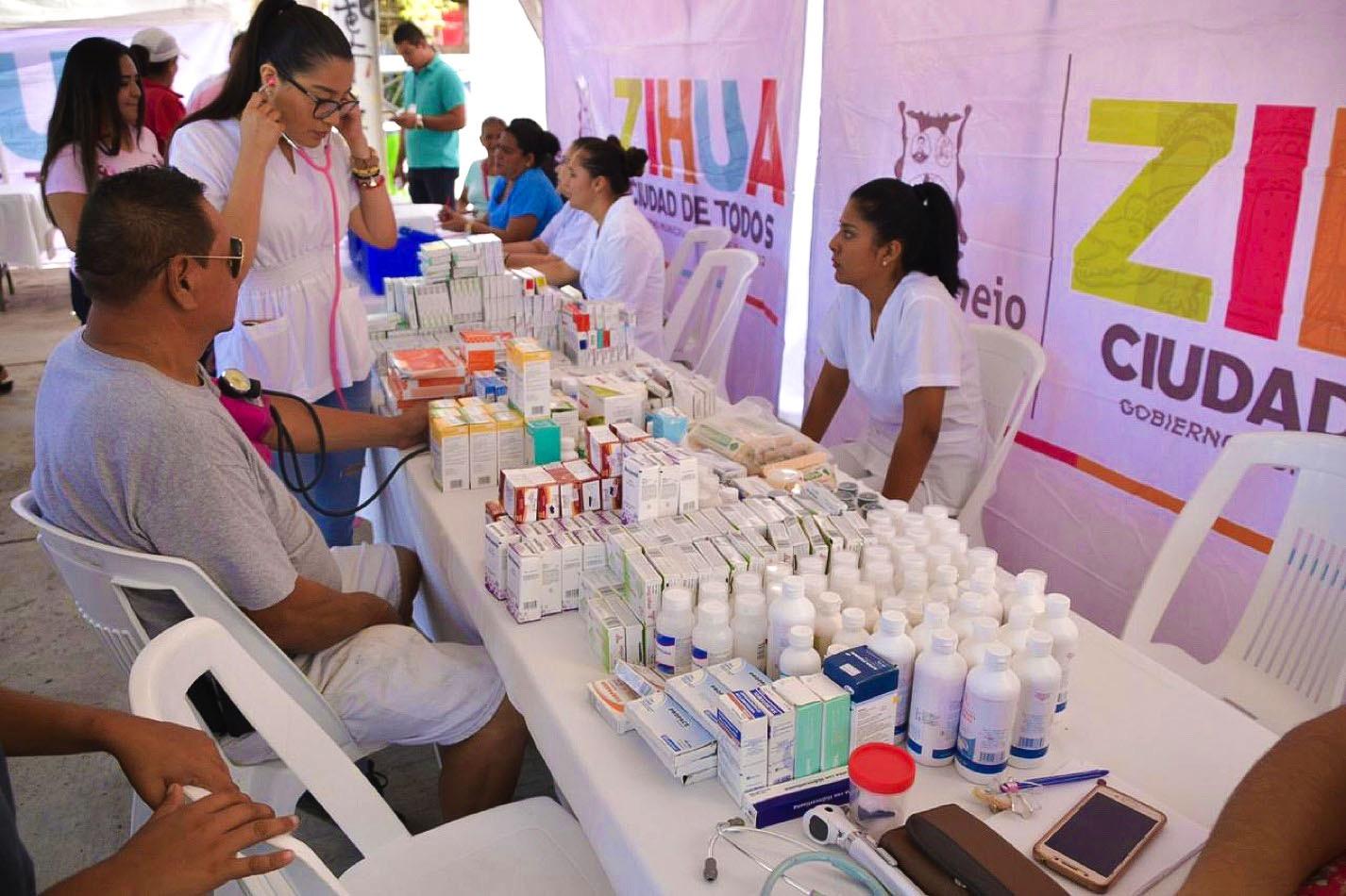 brigadas-medicas-pantla-zihuatanejo_002.jpg