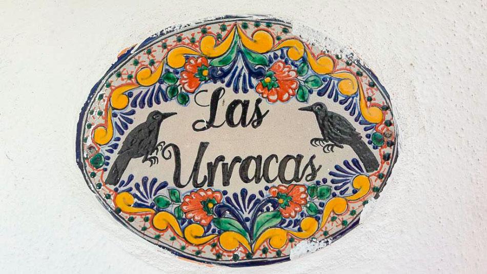 las-urracas-zihuatanejo_.jpg