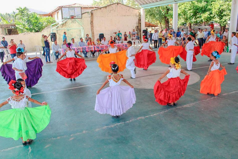 promotores-culturales-coyuca-de-benitez___.jpg