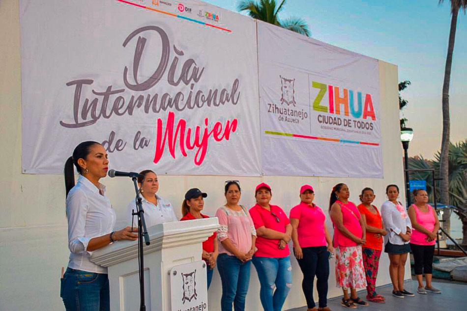 dia-internacional-de-la-mujer-zihuatanejo.-.jpg