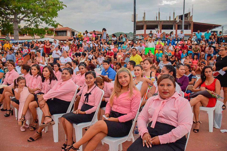 clausura-centros-comunitarios-dif-zihuatanejo__.jpg