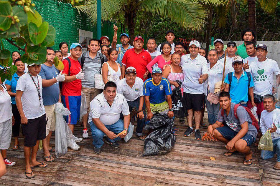 segunda-magna-limpieza-de-playas-ixtapa-zihuatanejo-.jpg