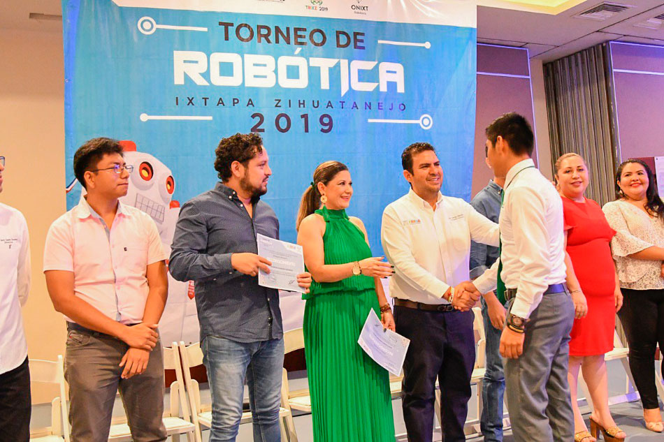 cocurso_robotica_2019_ixtapa_zihuatanejo_.jpg