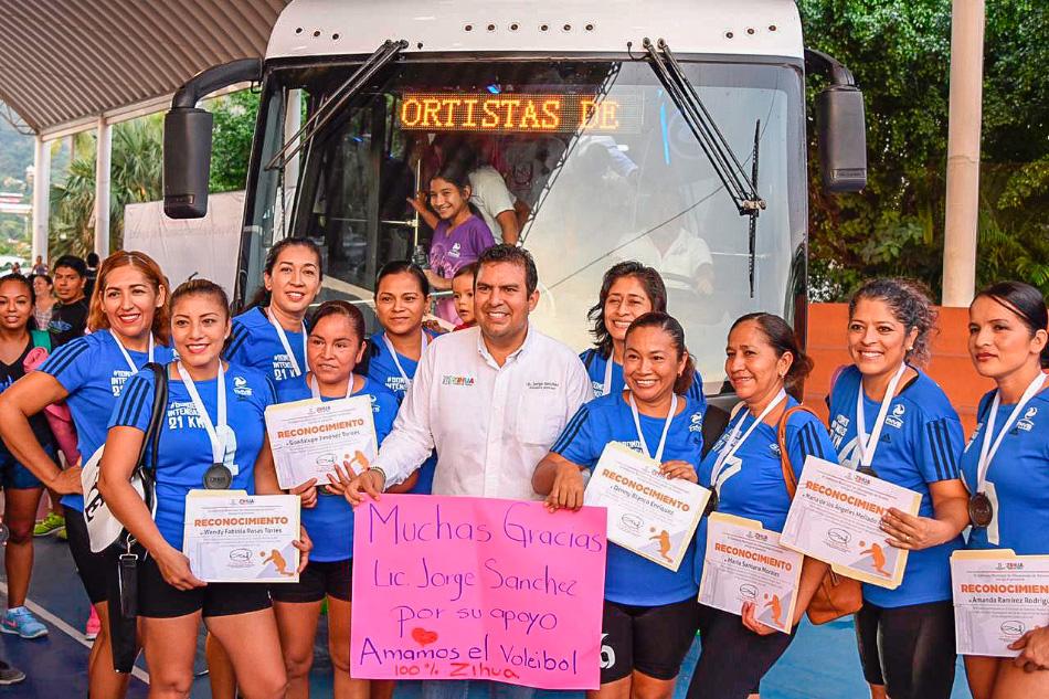 autobus-deportistas-zihuatanejo.jpg