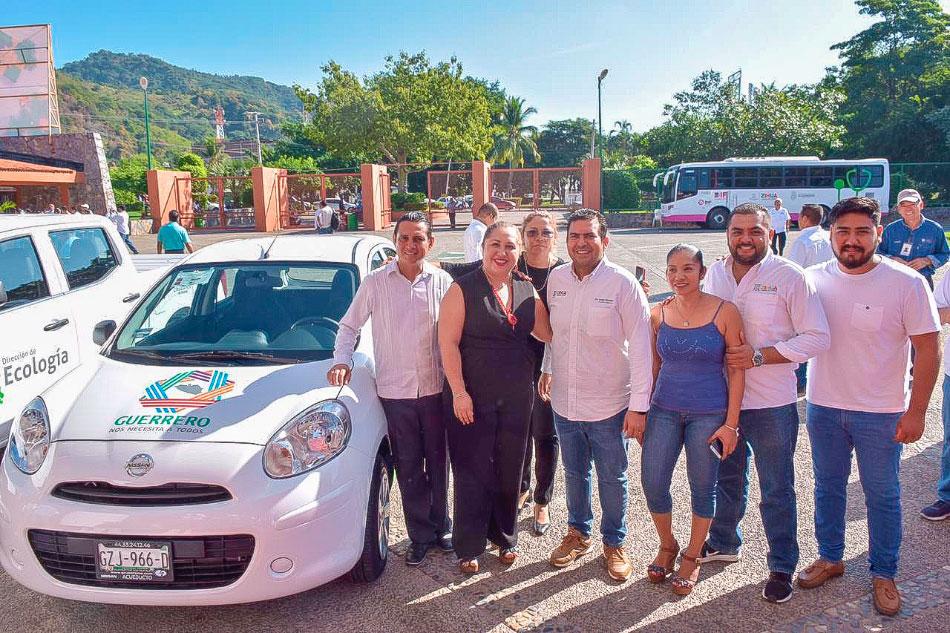 nuevos_vehiculos-ayuntamiento-zihuatanejo-.jpg