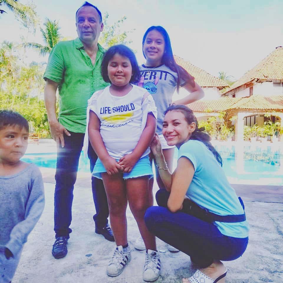 ninios-cancer-visitan-playas-ixtapa-zihuatanejo-2020.jpg