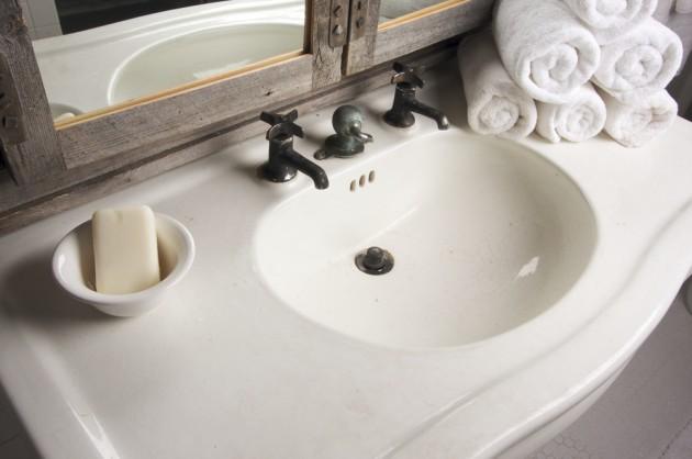 Sink And Vanity Small Bathroom