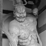 奈良、法隆寺へ行く:法隆寺中門金剛力士(阿形像)