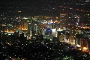 山形市、千歳山からの夜景 - 2015年4月
