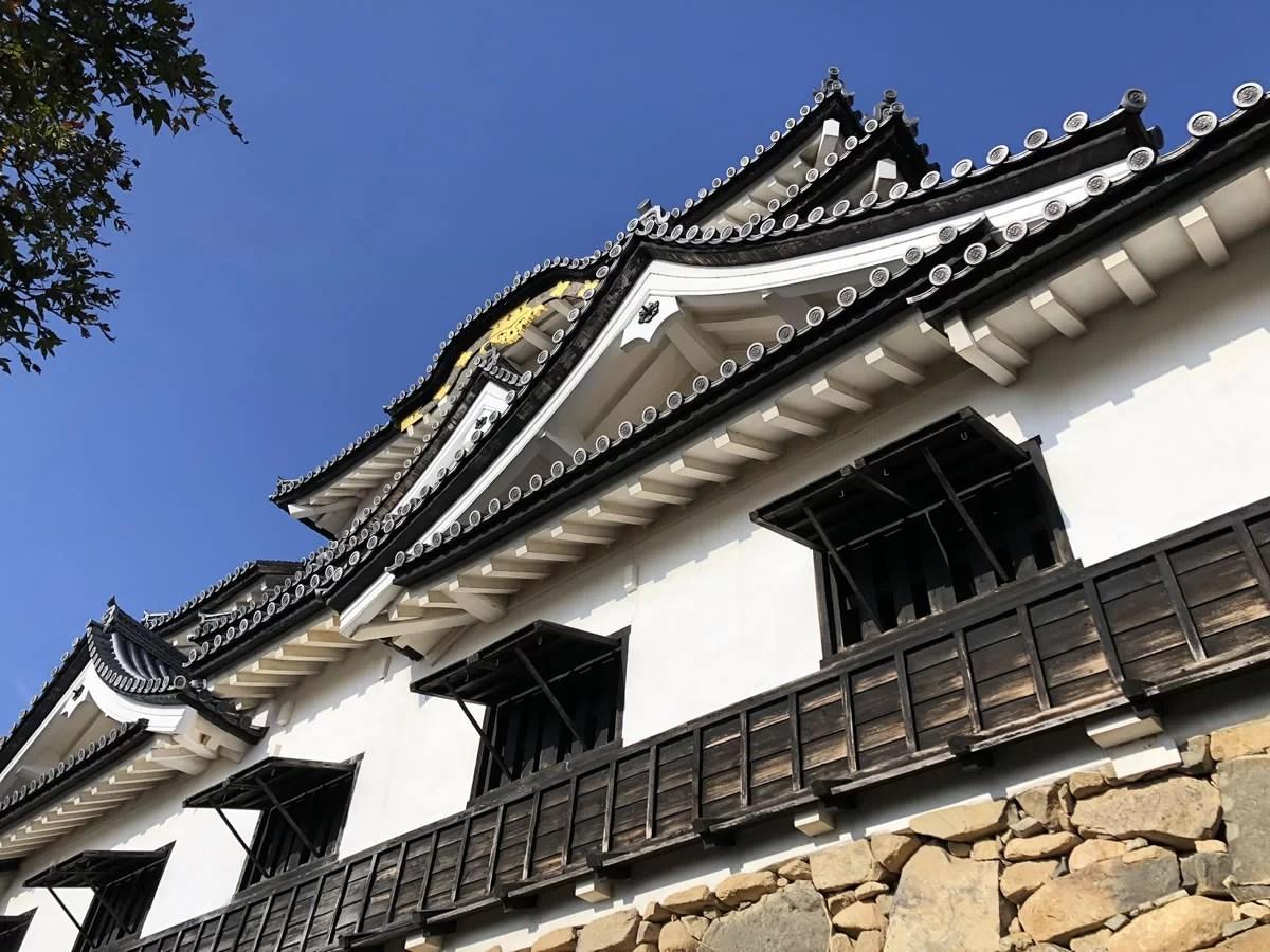 彦根城で「ひこにゃん」と会う