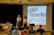 Apertura: ¿Qué es Izarki y la PNLi?