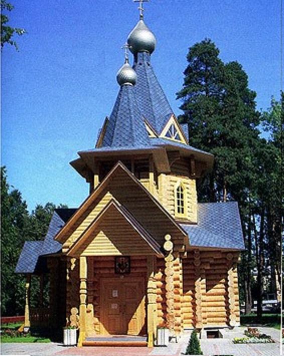 Деревянный храммм