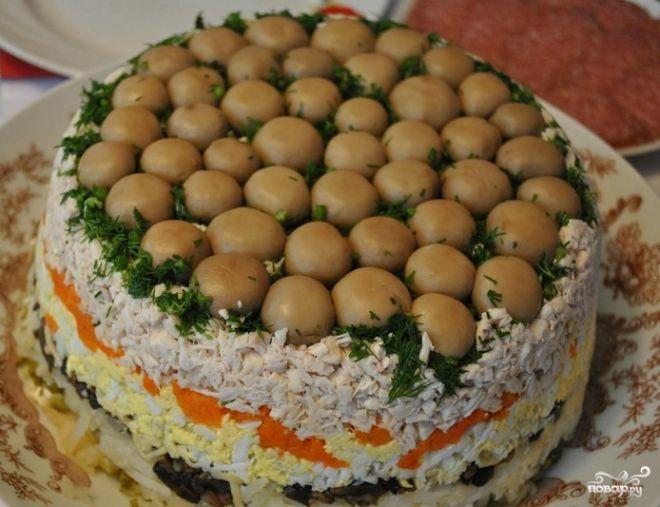 Фото: Простой салат на Новый год 2021