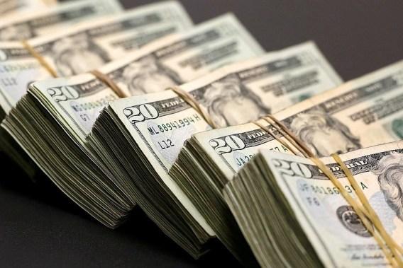 По-настоящему богатые люди никогда не тратят деньги на эти вещи