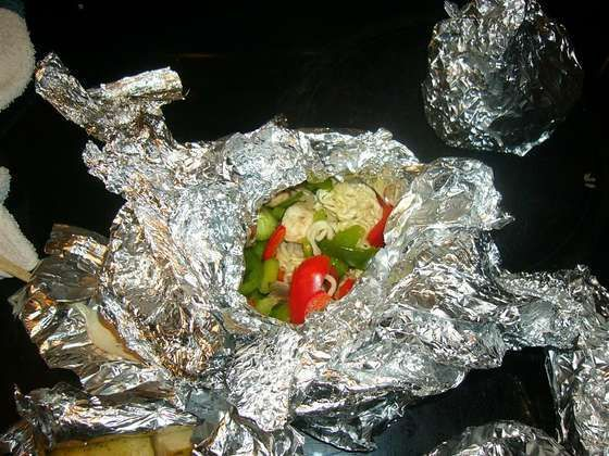 How to prepare food in a car (12 photos)