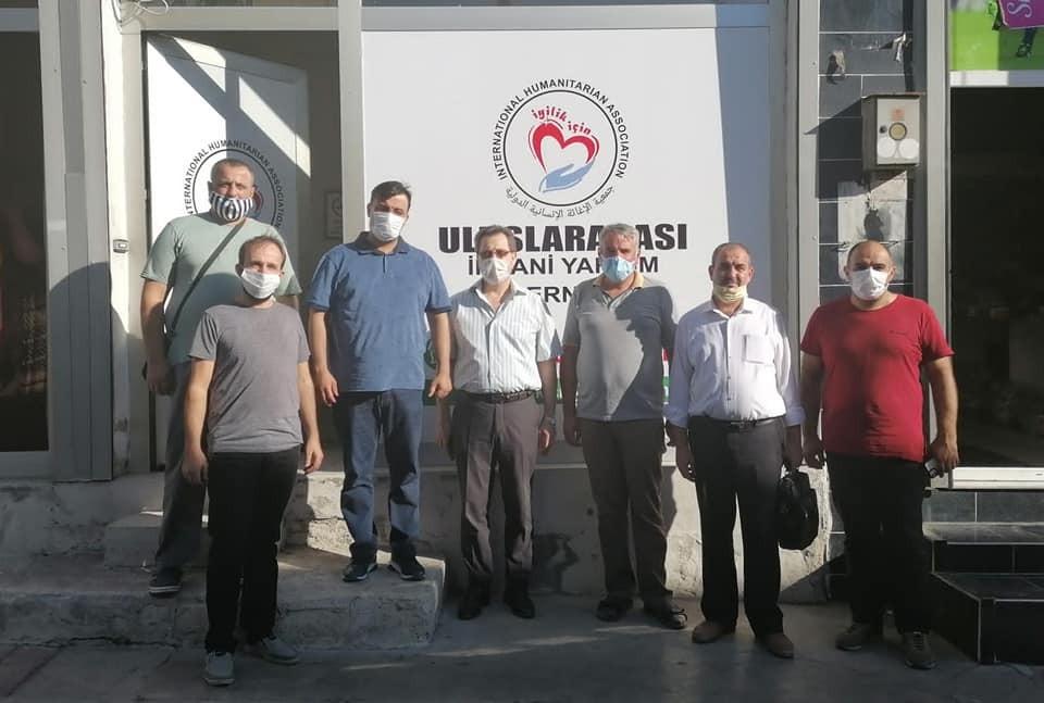 AK Partili Cemal Bekle'den İyilik İçin İnsani Yardım Derneğine ziyaret