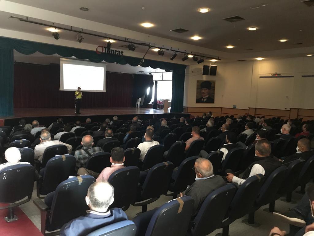 Okul servis araç şoförleri ve rehber personeline eğitim semineri