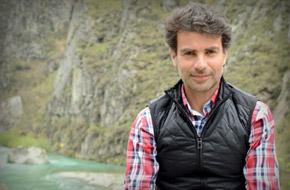 Javier Izquierdo- perito agricola