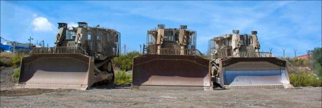 """Az IDF páncélozott D-9 """"Dubi"""" (Maci) buldózerei - fotó: Zachi Evenor / Wikipedia"""