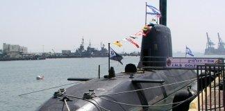 INS Dolphin izraeli tengeralattjáró a haifai kikötőben - fotó: Wikipedia