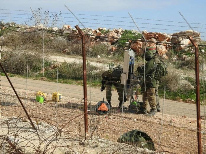 izraeli katonak libanoni hataron kerites