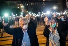 Tüntetők a Kikar Rabinon 2020. április 19-én - fotó: Bea Bar Kallos / Izraelinfo