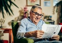 izraeli idős zsidó férfi ember kipa