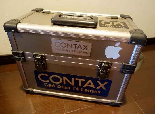 銀箱と呼ばれたカメラバッグ