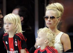 Zlatan-Ibrahimovic-wife-3