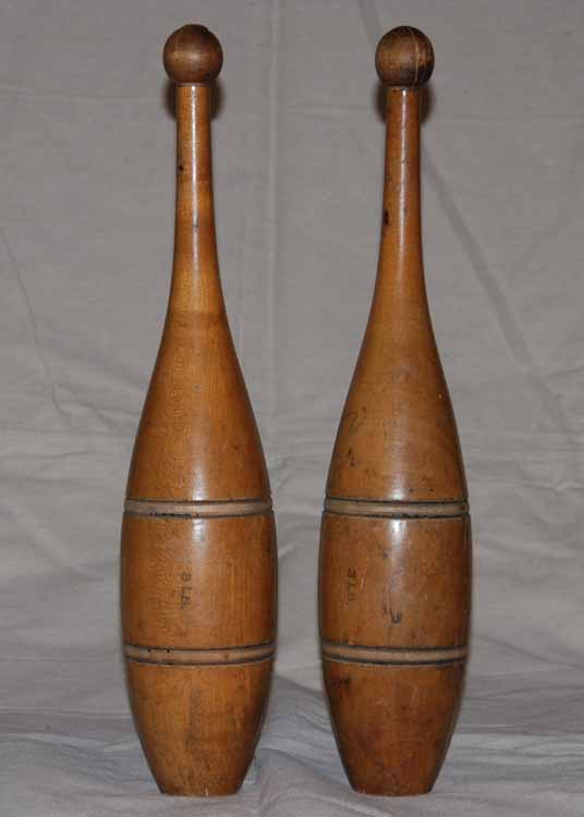 3 lb antique clubs