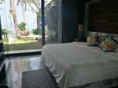 More airbnb views